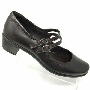 Ecco pearl Mary Jane double strap heel